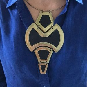 Jewelry - Statement necklace leather/brass
